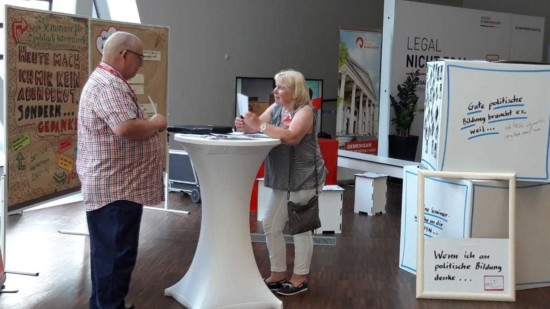 Informationsstand der PBN in Lüneburg